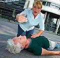 看到有人昏厥,就该用心肺复苏抢救吗?